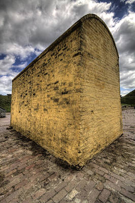 Sullivan Photograph - Fort Moultrie Defense Wall by Dustin K Ryan