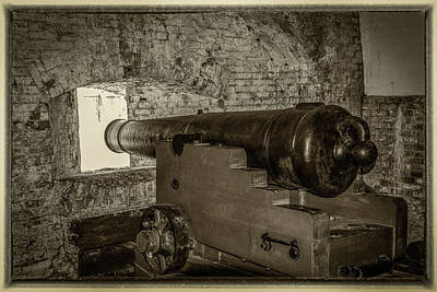 Photograph - Fort Pickens Canon by Paul Freidlund