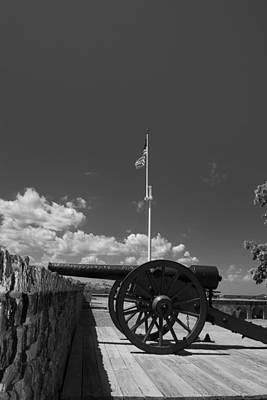 Fort Pulaski Cannon And Flag In Black And White Print by Chrystal Mimbs