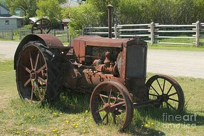 Photograph - Fort Steele Tractor by Frank Townsley