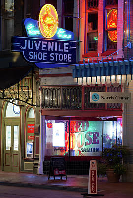 Photograph - Fort Worth Juvenile Shoes 101017 by Rospotte Photography