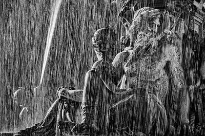 Photograph - Fountain At Rossio Square Bw by Pablo Lopez