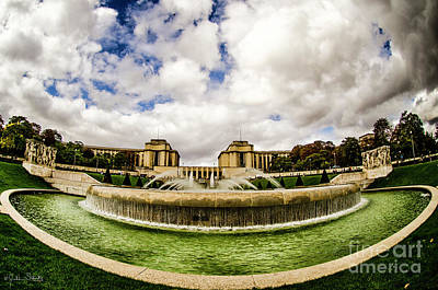 Paris Skyline Royalty-Free and Rights-Managed Images - Fountain at the Palais de Chaillot by Julian Starks