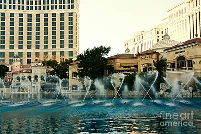 Photograph - Fountain Dance by Linda Bianic