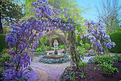 Photograph - Fountain In The Wisteria Garden by Lynn Bauer