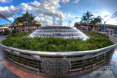 Photograph - Fountain Of Nations by Luis Garcia