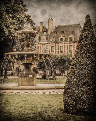 Photograph - Paris, France - Fountain, Place Des Vosges by Mark Forte