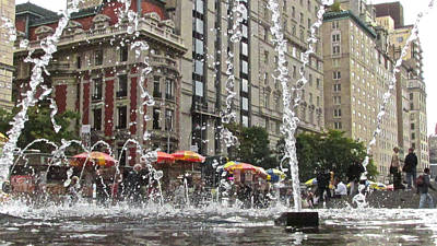 Photograph - Fountain View by Steven Lapkin