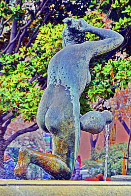 Fountain. Wet Back. Jug. Original