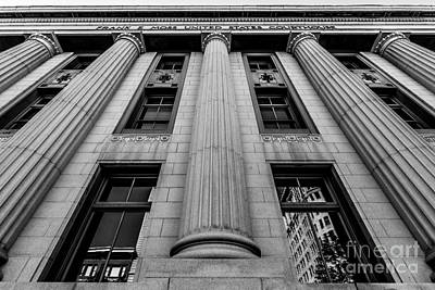 Exchange Place Photograph - Frank E. Moss Federal Courthouse - Utah by Gary Whitton