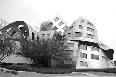 Photograph - Frank Gehry's Lou Ruvo Center Black And White Landscaping by Matt Harang