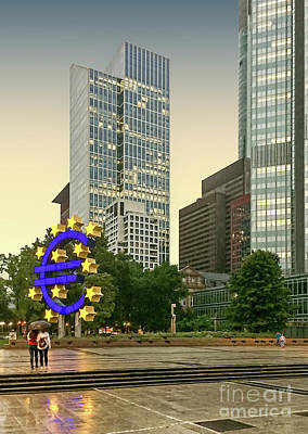 Photograph - Frankfurt - Iconic Euro Sculpture by Gabriele Pomykaj