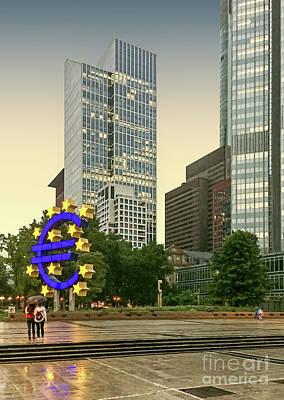 Photograph - Frankfurt - Iconic Euro Sculpture by Gabriele Pomykaj