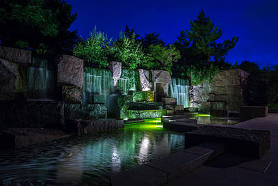 Photograph - Franklin Delano Roosevelt Memorial by Chris Bordeleau