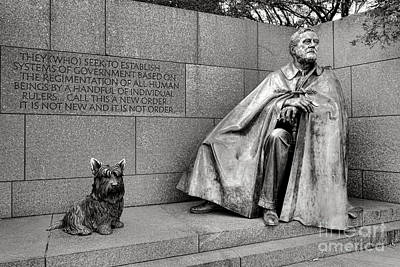 Photograph - Franklin Delano Roosevelt Sculpture  by Olivier Le Queinec