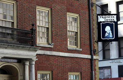Photograph - Fraunces Tavern by Mark Alesse