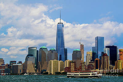 Photograph - Freedom Tower Nyc by Les Greenwood