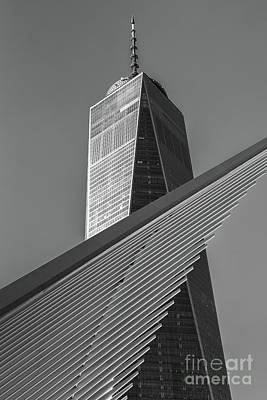 Photograph - Freedom Tower And Oculus II by Clarence Holmes