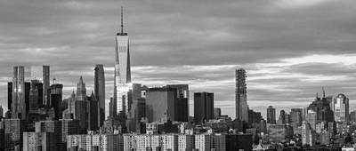 Photograph - Freedom Tower Skyline by Yvonne Berger