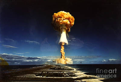 A-bomb Photograph - French Nuclear Testing Licorne, 1970 by Science Source
