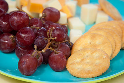 Cheddar Cheese Photograph - Fresh Grapes And Cheese With Crackers by Erin Cadigan