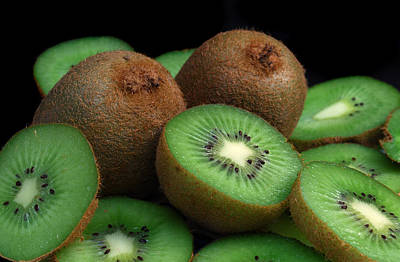 Photograph - Fresh Kiwi by Terence Davis