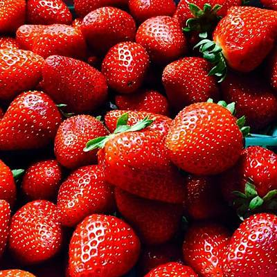 Food And Beverage Photograph - Fresh Strawberries Oxnard, Ca .. Little by Scott Pellegrin