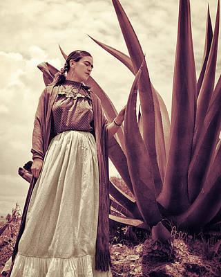 Painter Photograph - Frida Kahlo by Carlos Lazurtegui