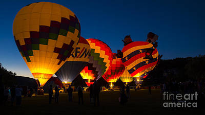 Photograph - Friday Night At The Quechee Balloon Festival by New England Photography