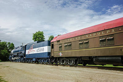 Photograph - Frisco 4500 Meteor Train by Susan McMenamin