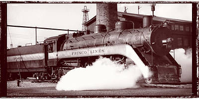 Photograph - Frisco Steam Locomotive 1060 by Garry McMichael