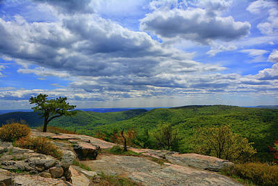 Photograph - From Bear Mountain Looking At The Nyc Skyline by Raymond Salani III