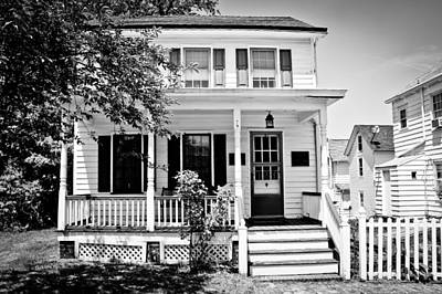 Front Porch - Black And White Print by Colleen Kammerer