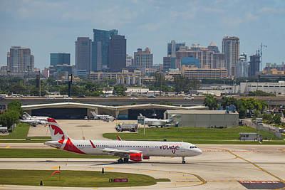 Frt Lauderdale Airport/city Art Print