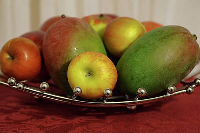 Photograph - Fruit Basket by Pamela Walton