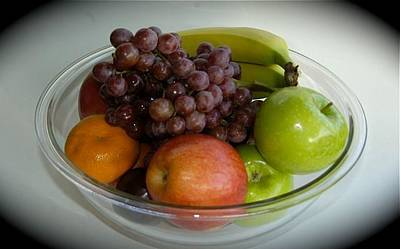 Photograph - Fruit Bowl by Hugh Peralta