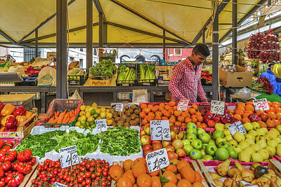 Photograph - Fruit Market by Roberto Pagani