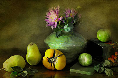 Photograph - Fruit Tin by Diana Angstadt