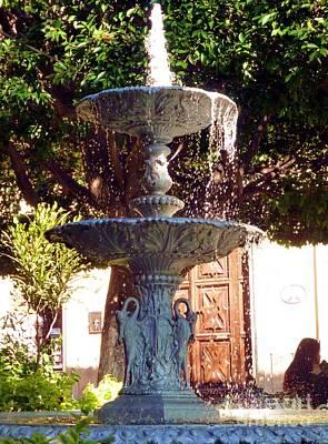 Photograph - Fuente En Jardin De La Union, Guanajuato, Guanajuato by Barbie Corbett-Newmin