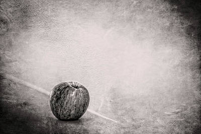 Photograph - Fuji Apple On Fireplace Mantel In Bw by YoPedro