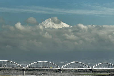 Photograph - Fuji From The Shinkansen by Alan Toepfer