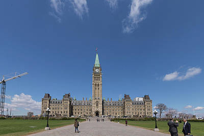 Photograph - Full Centre Block by Josef Pittner