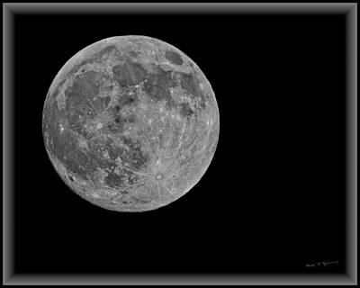 Photograph - Full Moon H05 by Mark Myhaver