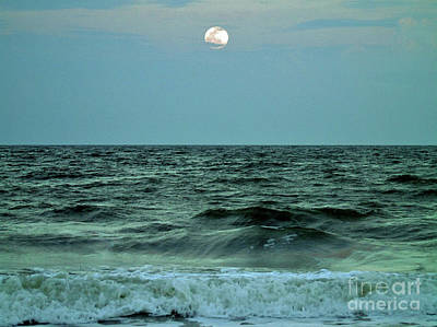 Photograph - Full Moon Over The Ocean by D Hackett