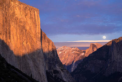Yosemite Np Photograph - Full Moonrise Over Tunnel View by Beth Young