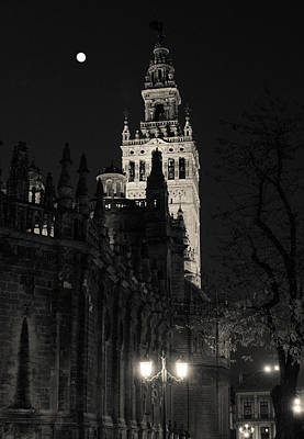 Moonrise Photograph - Fullmoon Over The Giralda by Andrea Mazzocchetti