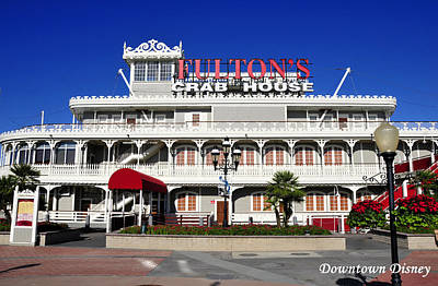 Photograph - Fulton's Crab House A by David Lee Thompson