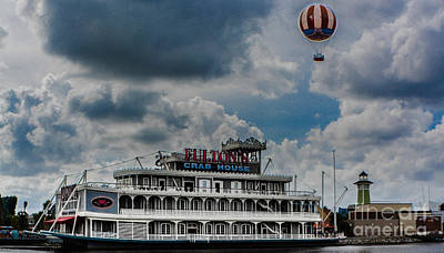 Photograph - Fulton's Crab House Restaurant by Gary Keesler