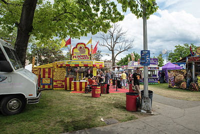 Photograph - Funnel Cakes Bbq And Hot Dogs by Tom Cochran
