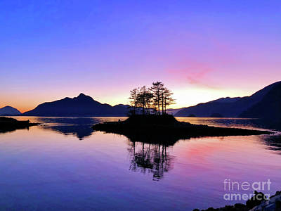 Photograph - Furry Creek Sunset And Reflectios by Victor K